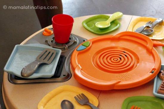 Kitchen_toy_mamalatinatips