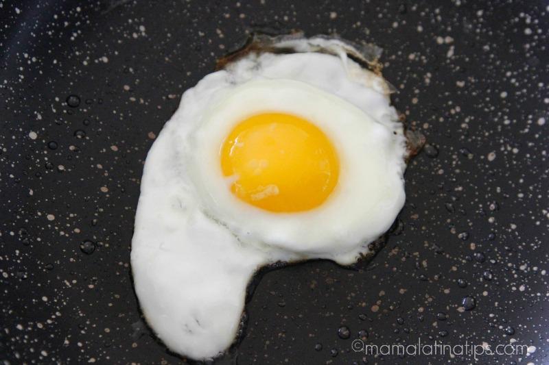 800 huevos rancheros egg mamalatinatips.com