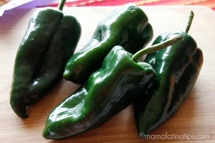 Chiles poblanos - mamalatinatips.com