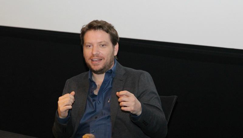 Gareth Edwards Rogue One - mamalatinatips.com
