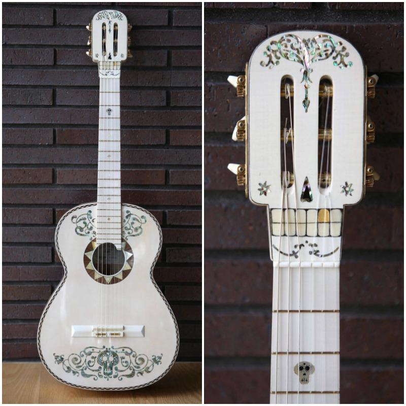 The original Coco guitar made by Germán Vázquez Rubio - mamalatinatips.com