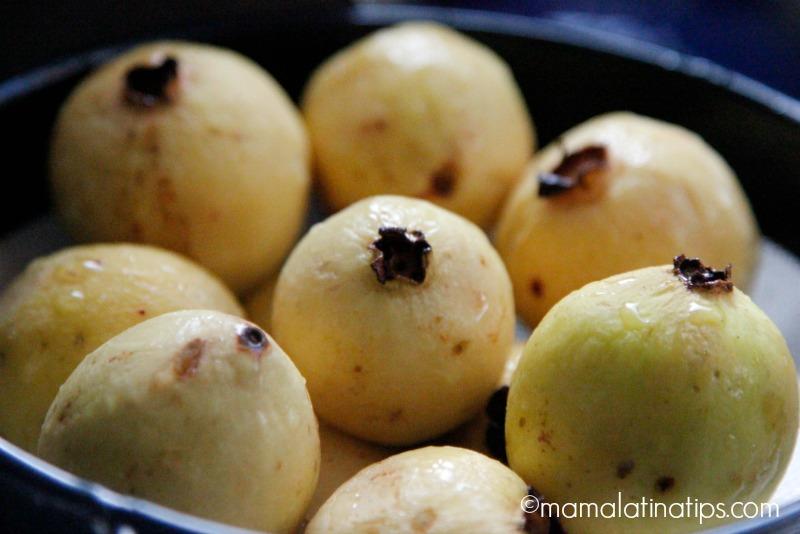 raw guavas